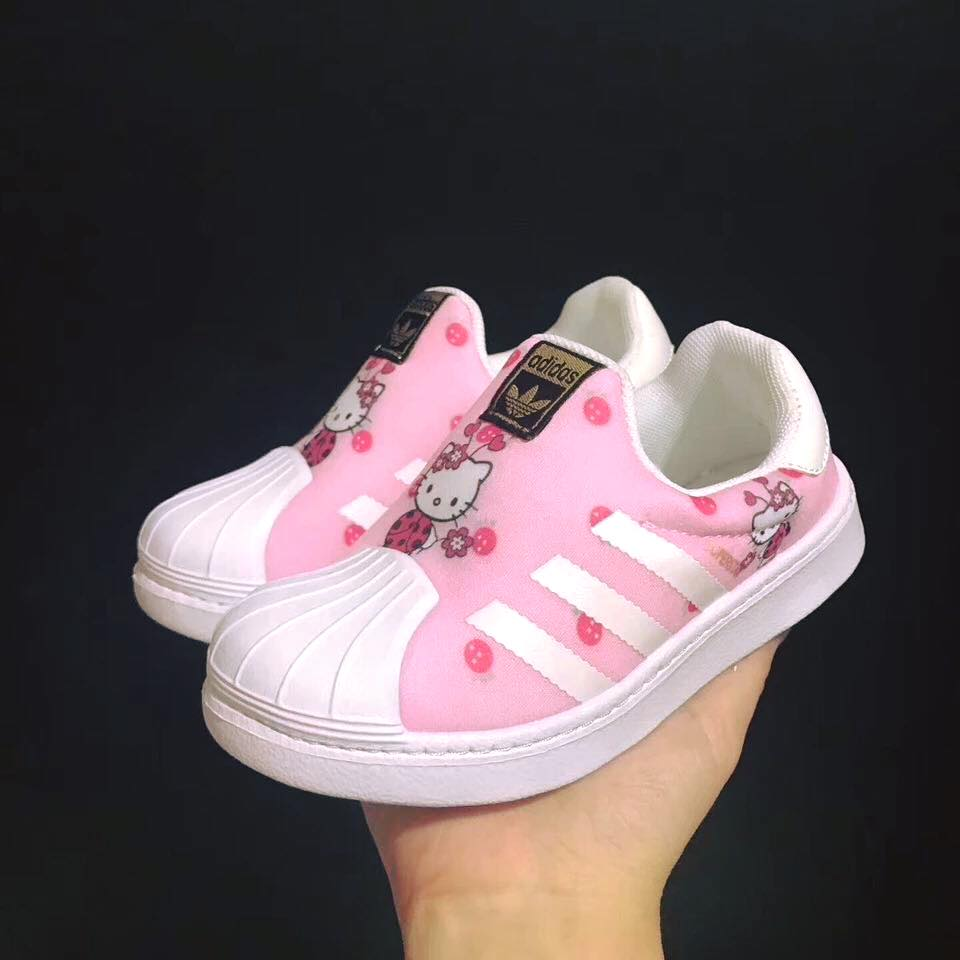 Giày thể thao trẻ em adidas hello kitty