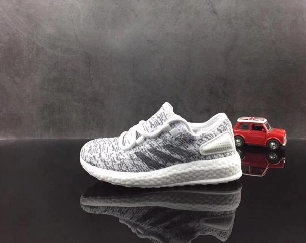 Giày Adidas Ultra Boost SF01100
