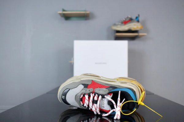 Giày Balenciaga Triple S màu đỏ xanh