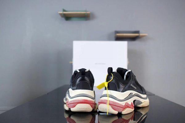 Giày Balenciaga Triple S gót đỏ