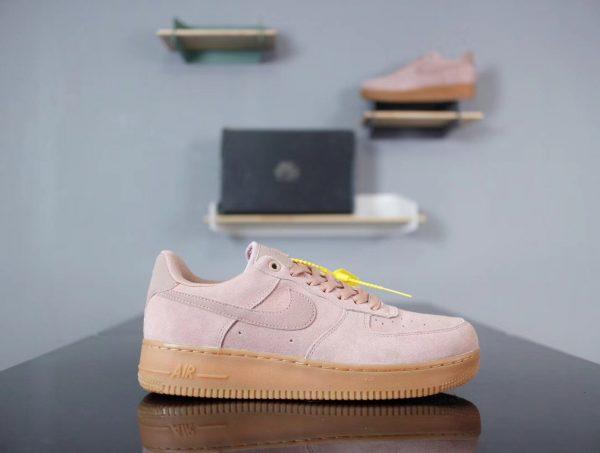 Giày Nike Air Force màu hồng