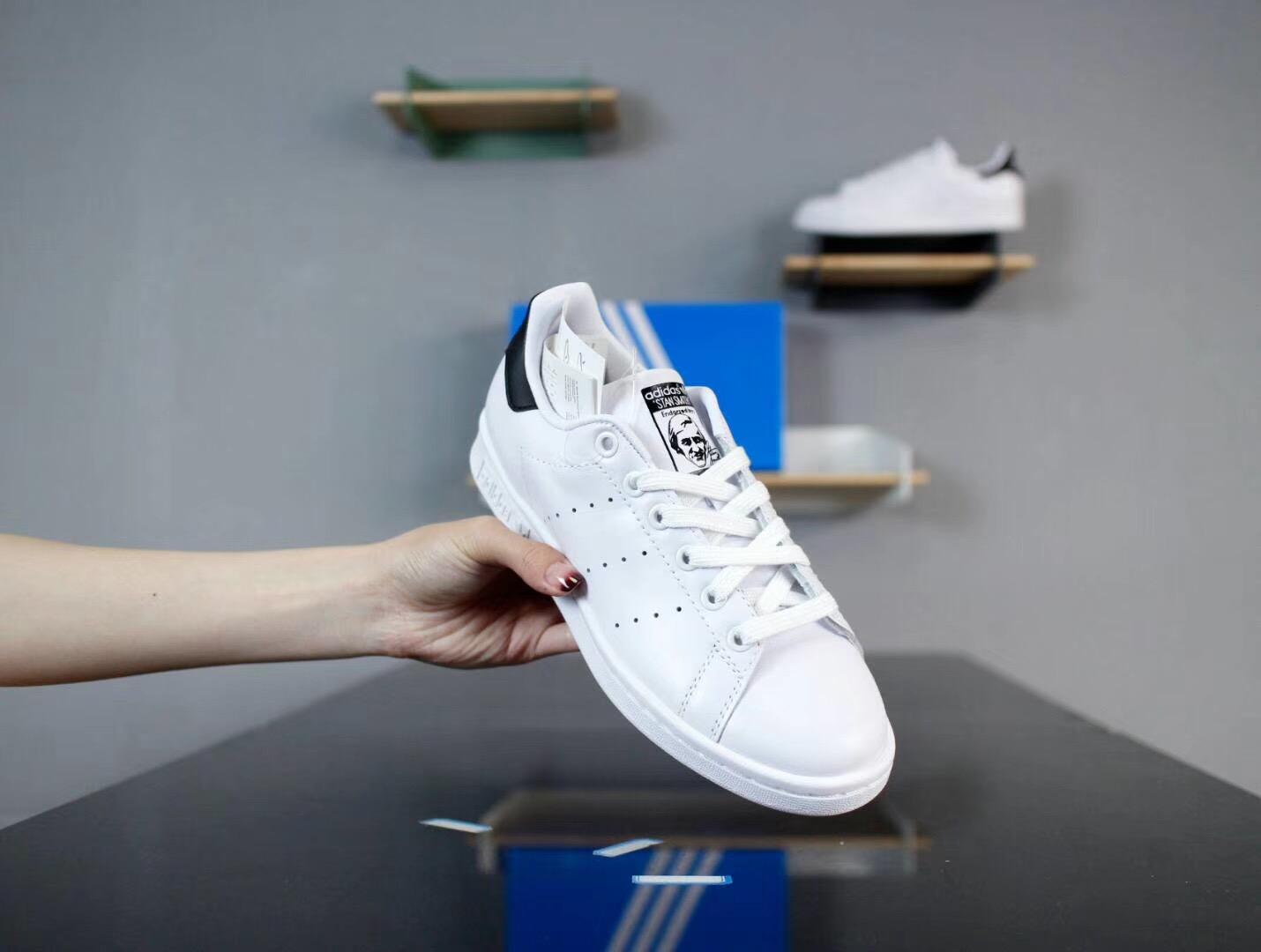 Giày Adidas Stan Smith Trắng Đen