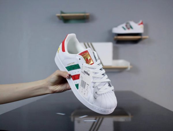 Giày Adidas Super Star Foot LockerGiày Adidas Super Star Foot Locker