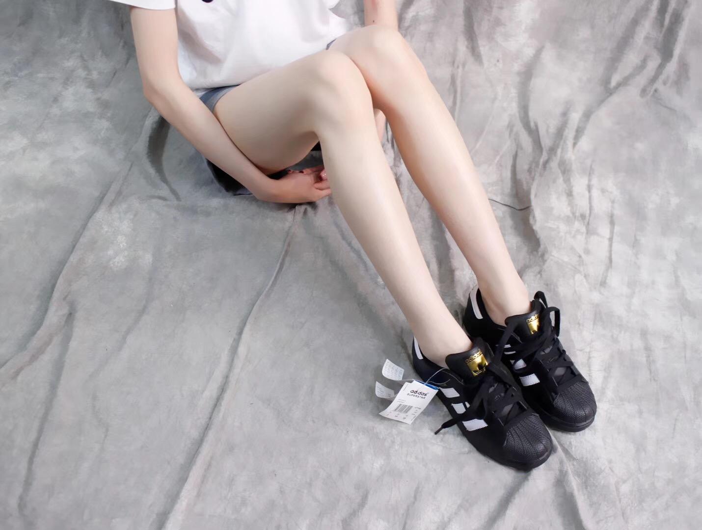 Giày Adidas Super Star Đen
