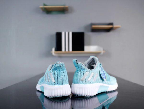 Giày Adidas CC Revolution màu xanh nhạt