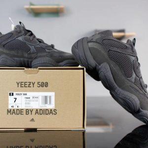 Giày Adidas Yeezy Boost 500