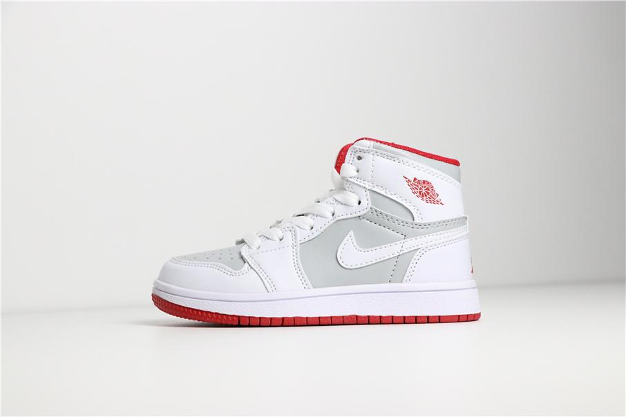 Giày Nike Jordan 1 Retro trắng ghi viền đỏ