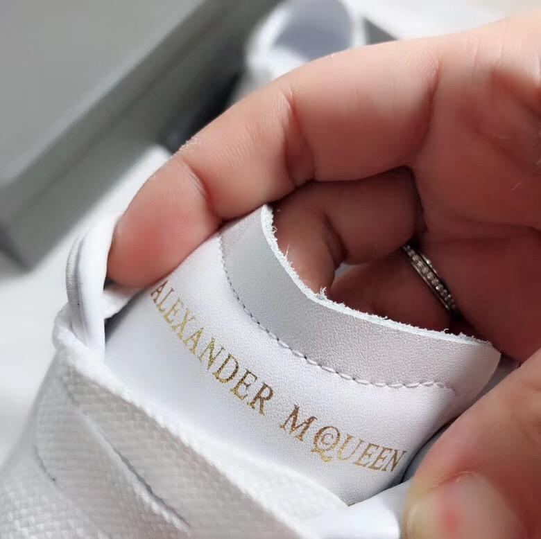 Giày Alexander mcqueen gót xám