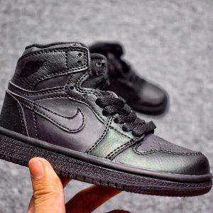 Giày Nike Jordan 1 Retro full đen
