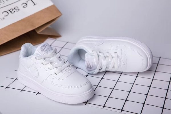 Giày thể thao trẻ em nike air force 1 full trắng