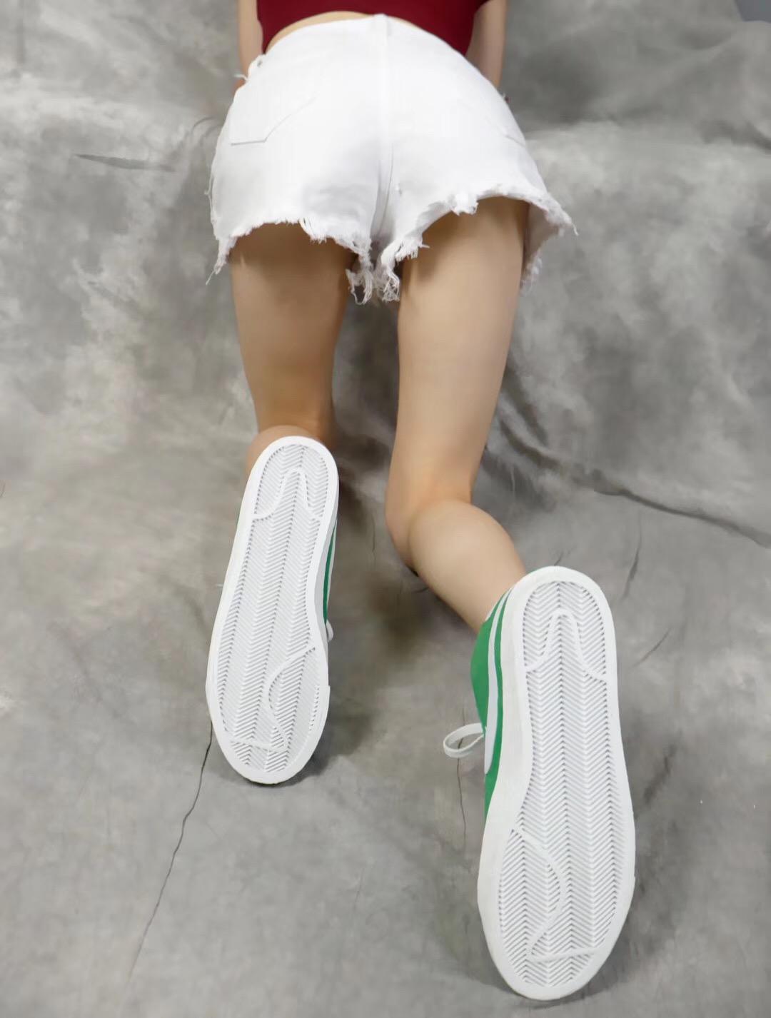 Giày nike nữ SB màu xanh