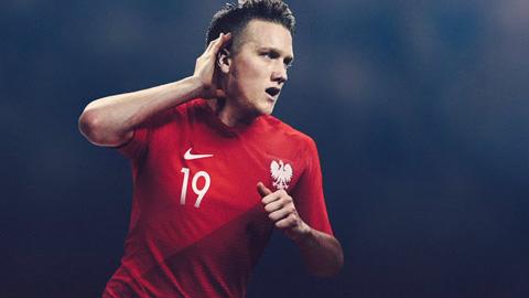 Áo Nike tuyển Ba Lan lượt về