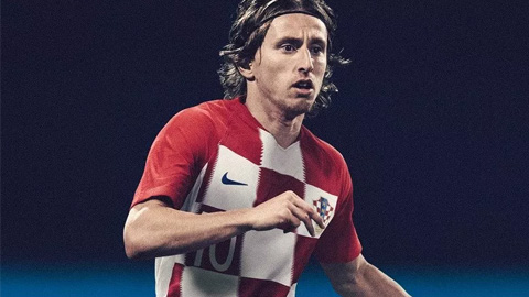 Áo Nike tuyển Croatia lượt đi