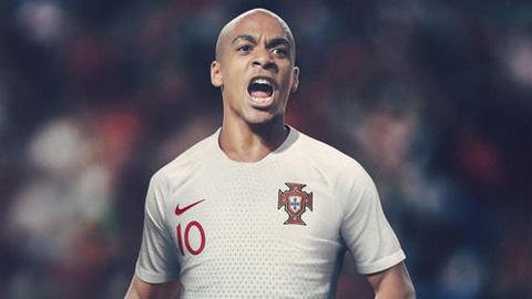 Áo Nike tuyển Bồ Đào Nha lượt đi