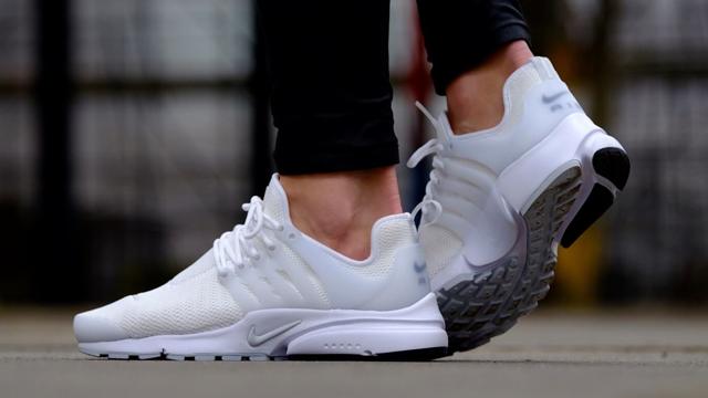 Giày chạy bộ Nike Air Presto Essential