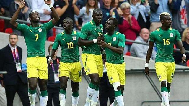 Áo Puma tuyển Senegal đi