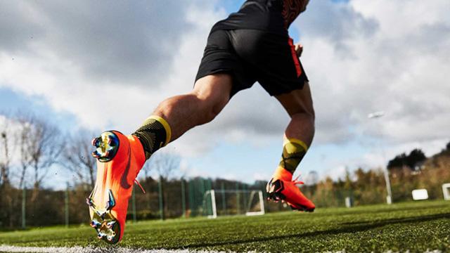 Giày đá bóng Nike Mercurial FG