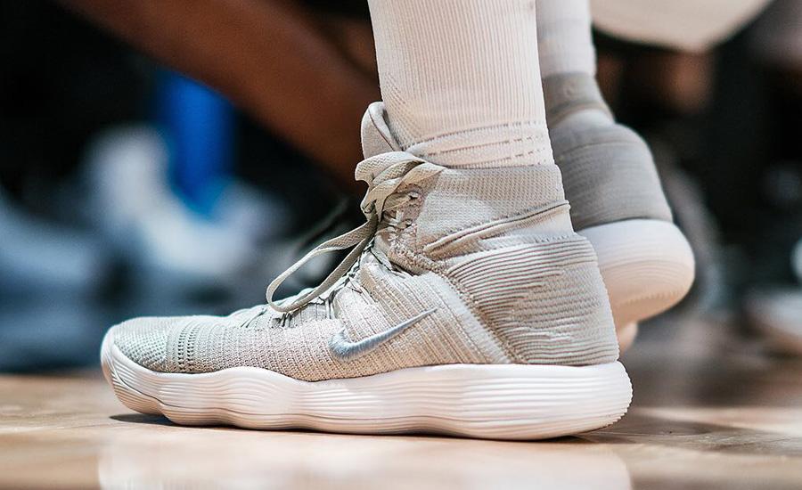 Giày Nike React Hyperdunk Flyknit