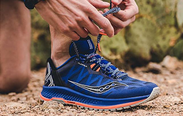 Giày chạy bộ Saucony nam