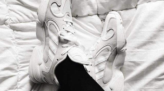 Giày sneaker nữ adidas Yung-1
