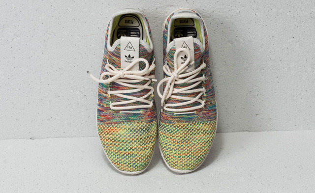 Giày nữ adidas Pharrell Williams Primeknit Tennis HU