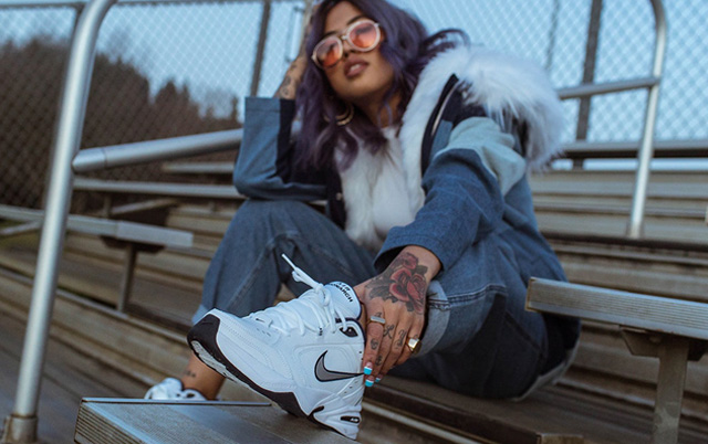 Giày Nike Air Monarch