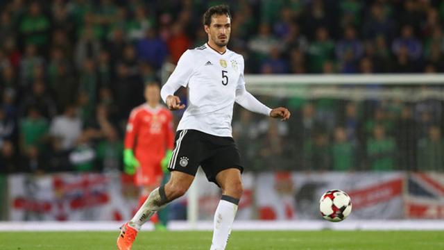 Áo cầu thủ Mats Hummels số 5