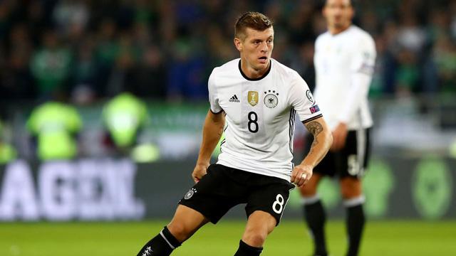 Áo cầu thủ Toni Kroos số 8