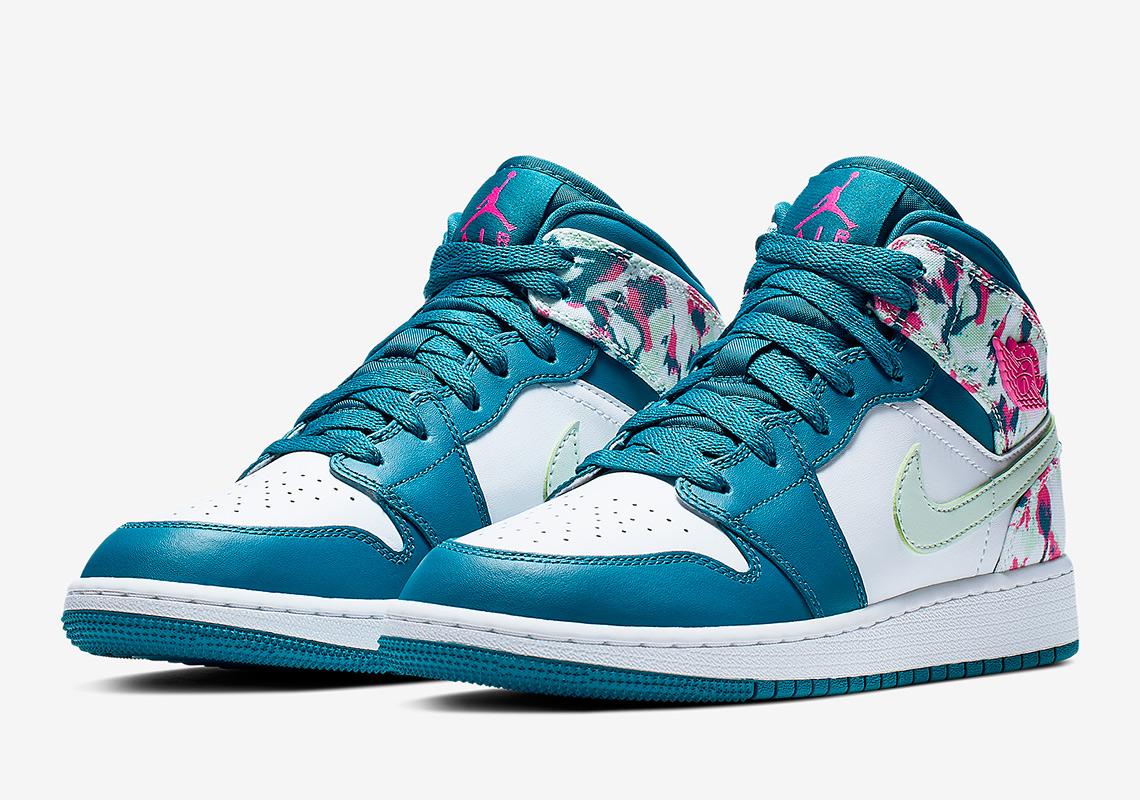 """Nike Air Jordan 1 đón Xuân với phối màu """"hoa nở"""" rực rỡ"""