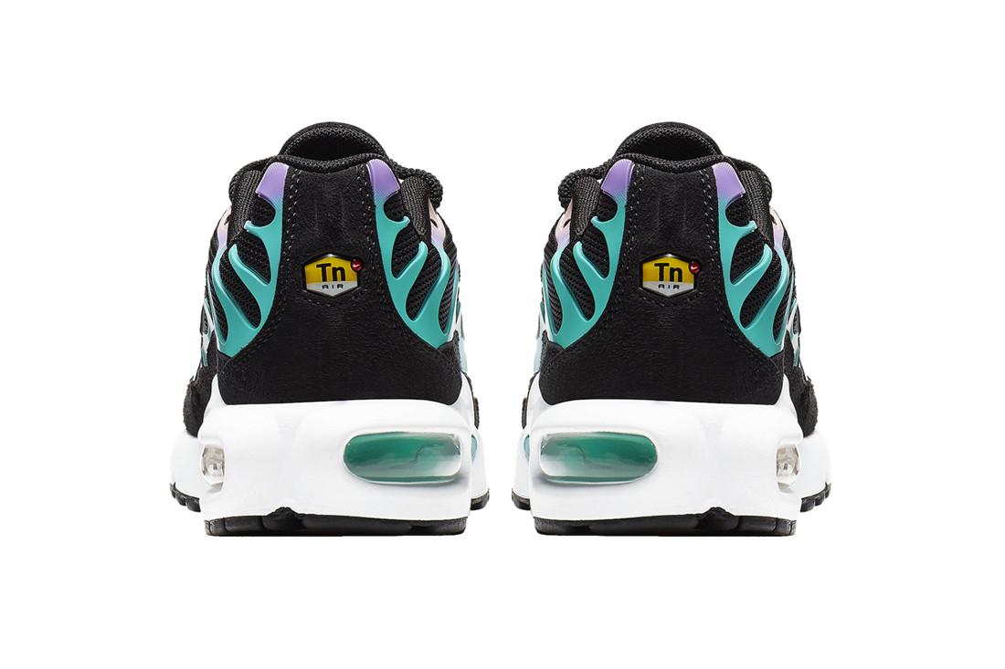 """Ăn mừng Air Max Day, Nike ra mắt thêm Air Max Plus """"Gradient"""" đầy màu sắc"""