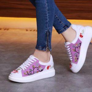 Giày McQueen trắng họa tiết hoa