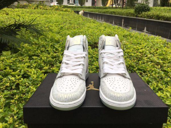 Giày Air Jordan 1 Retro High GS trắng