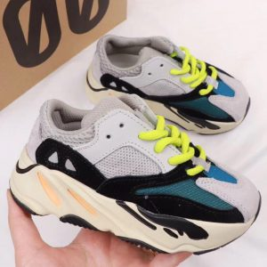 Giày thể thao trẻ em Yeezy 700 Wave Runner