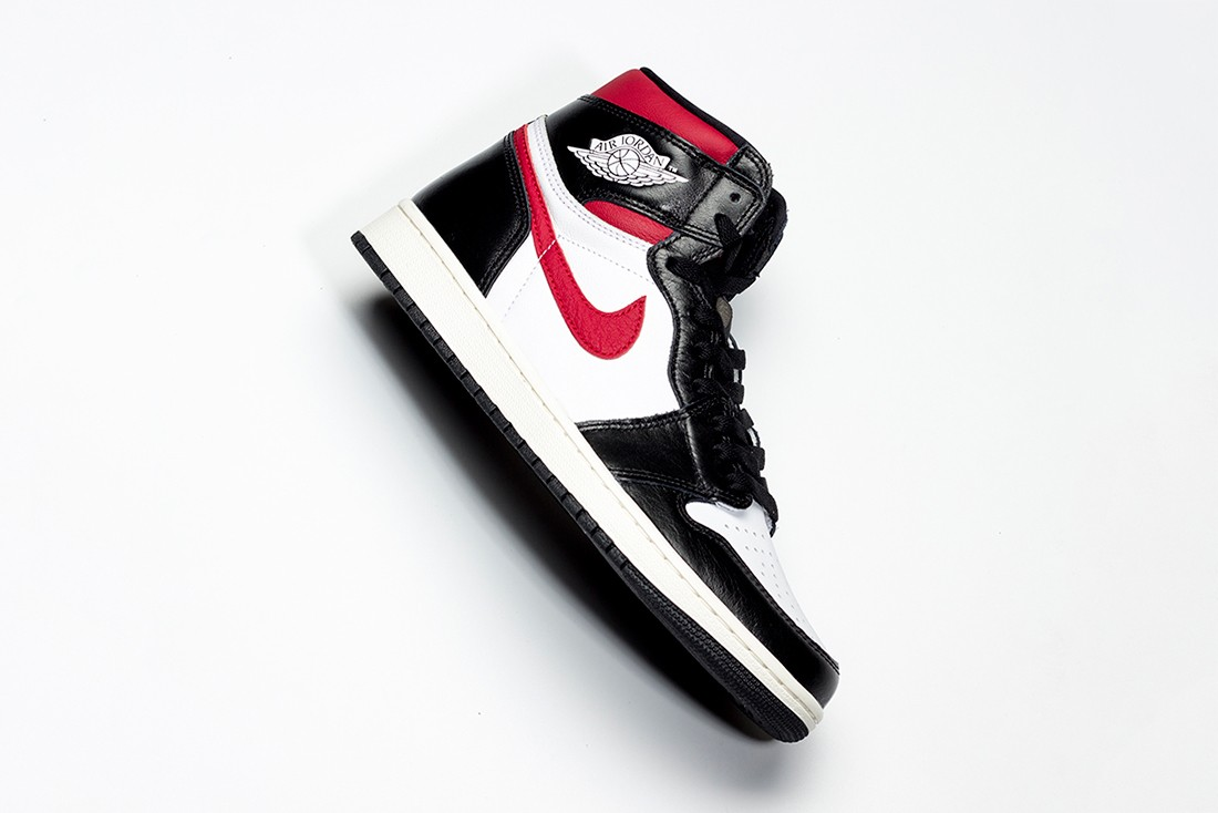"Air Jordan 1 Retro High ""Gym Red"""