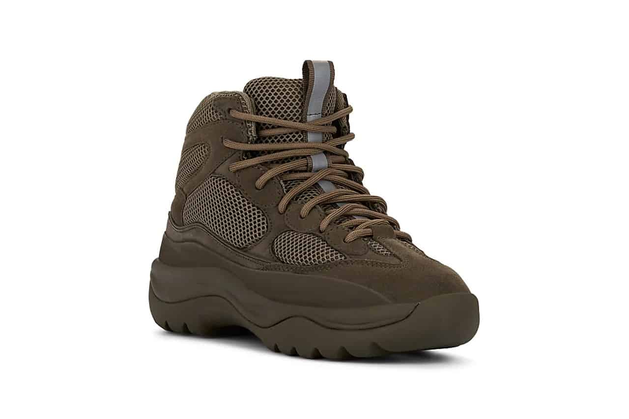 Yeezy Season 7 xuất hiện mẫu boots quân đội hoàn toàn mới