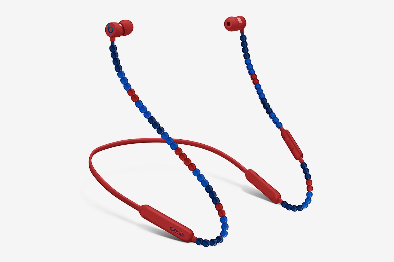 sacai và Beats giới thiệu một chiếc tai nghe không dây giống vòng trang sức