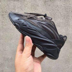 Giày thể thao trẻ em Yeezy 700 mã YY7003