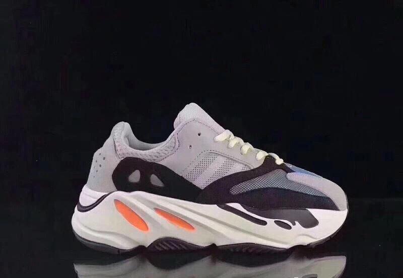 Giày thể thao trẻ em Yeezy 700 mã YY7002
