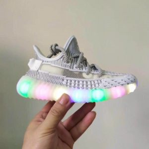 Giày trẻ em adidas yeezy 350 trắng đế đèn nháy