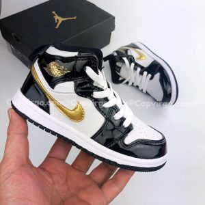 Giày trẻ em Air Jordan 1 Mid đen bóng