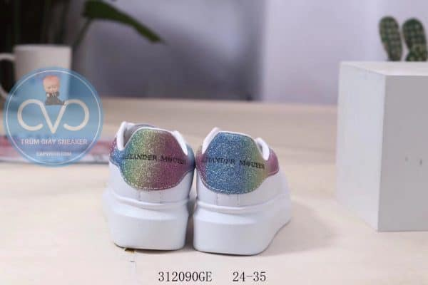 Giày trẻ em Alexander mcqueen trắng gót kim tuyến