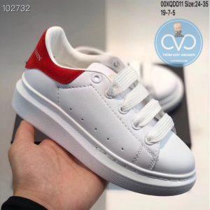 Giày trẻ em Alexander mcqueen trắng gót đỏ