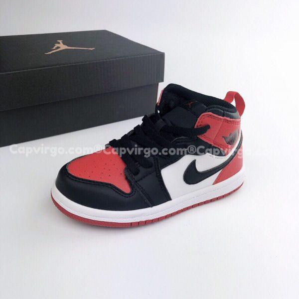 Giày trẻ em Air Jordan 1 Mid màu đen đỏ