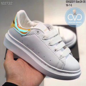Giày trẻ em Alexander mcqueen trắng gót bóng