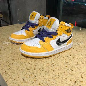 Giày trẻ em Air Jordan 1 Mid màu vàng trắng