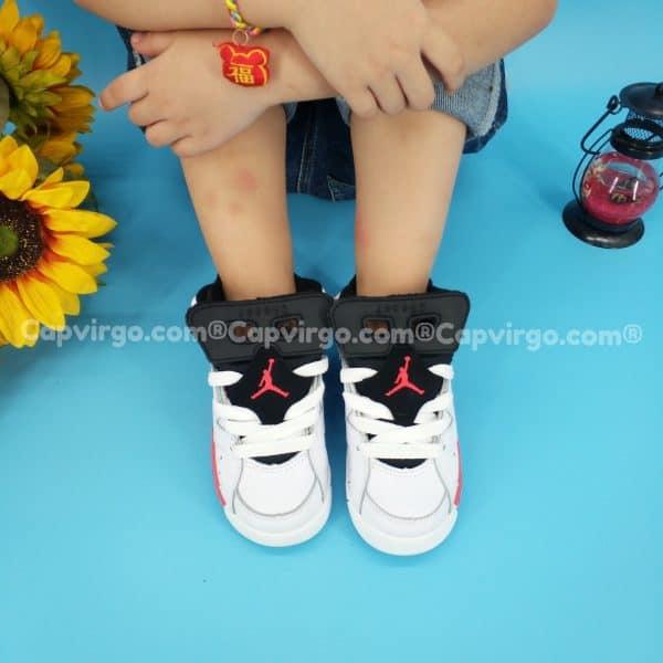 Giày air Jordan 6 trẻ em màu trắng đỏ