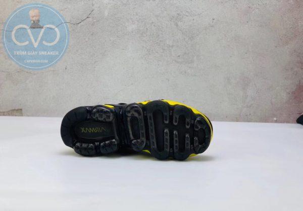Giày trẻ em Nike Air Vapormax Plus màu vàng đen