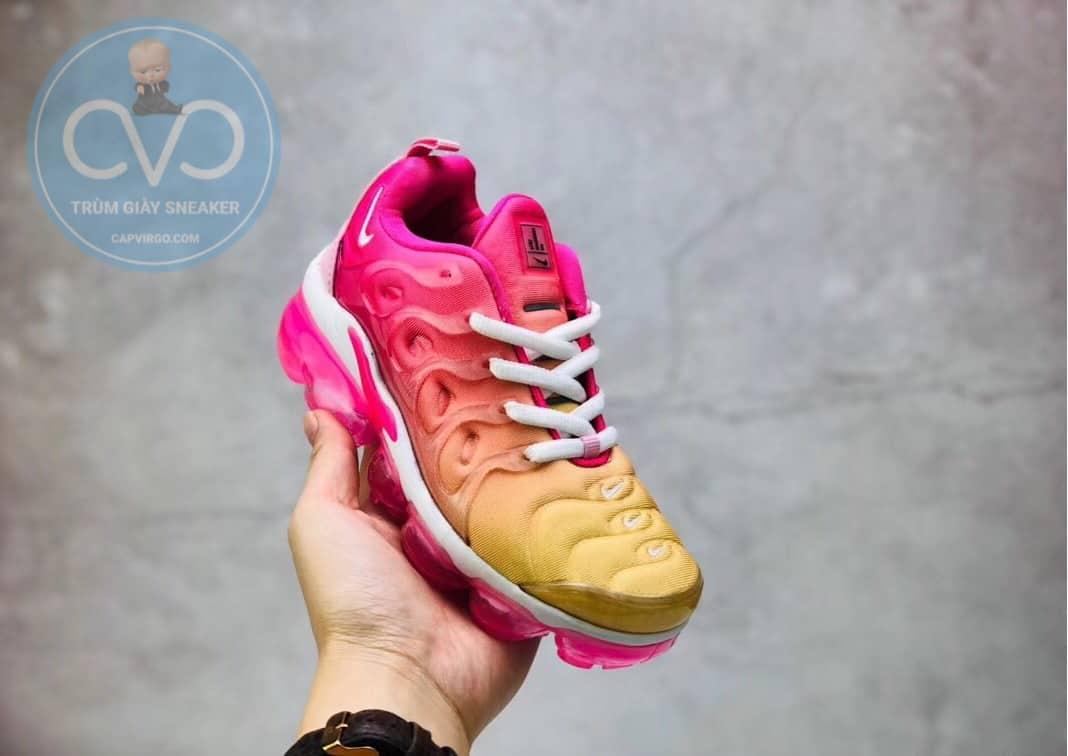 Giày trẻ em Nike Air Vapormax Plus màu hồng