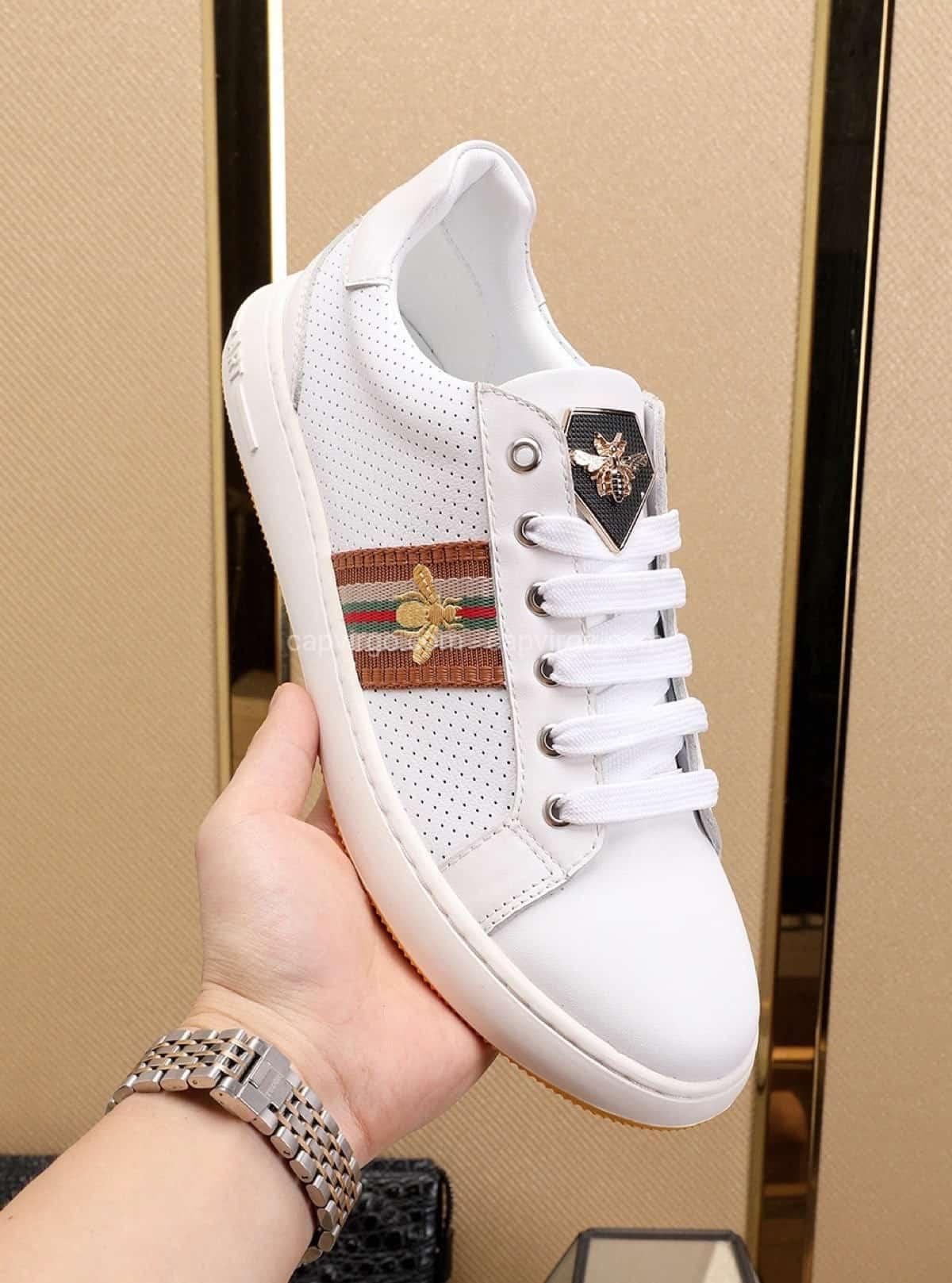 Giày gucci ong màu trắng đẹp nhất của dòng gucci