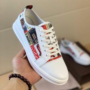 Giày gucci màu trắng họa tiết tranh đẹp